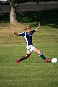 Knee brace soccer