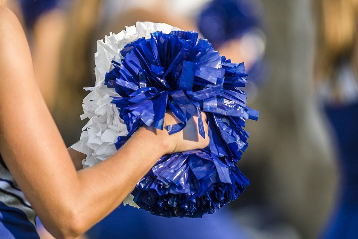 cheerleaders often hide concussions symptoms dr david