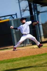 Young baseball pitcher at risk for Little Leaguer's shoulder