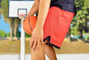 Knee injuries are common basketball injuries