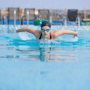 Tips to prevent swimming injuries